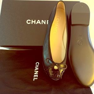 Chanel Flats 37C, **Open to offers or trades**